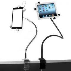 これは便利!机やベッドサイド、デスクなどに自由に設置 タブレットPCスタンド シルバー